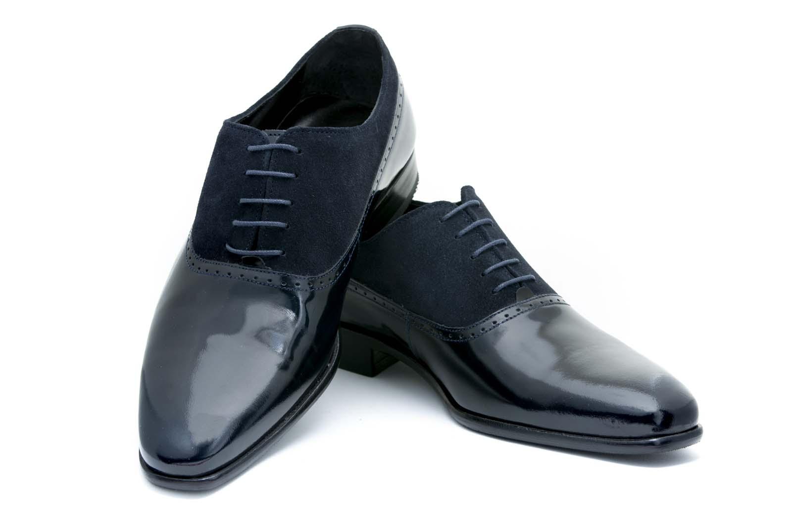 Zapato de novio modelo Oxford charol azul marino